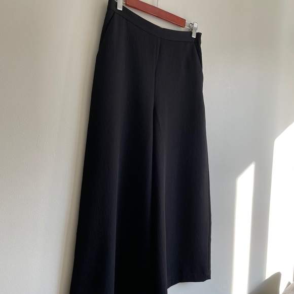 Wilfred/Aritzia Crepe Textured Cropped Culottes
